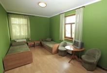 Pokój 2-osobowy - zielony na parterze z łazienką