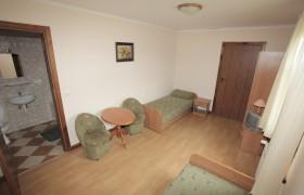 Pokój 2-sobowy - beżowy na parterze z łazienką
